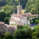 Le quartier de l'eglise de Robiac et le chateau